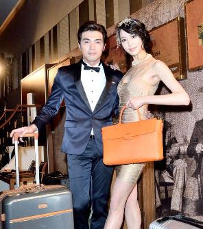 賀軍翔與白歆惠為頂級精品品牌-Hartmann,化身為《大亨小傳》中華麗尊貴的Gatsby與Daisy。p1022-a6-02a
