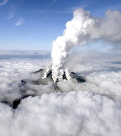 日本御嶽山火山爆發。p1024-a4-01