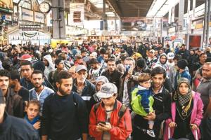 逾萬名難民抵達慕尼黑p1073-a4-01