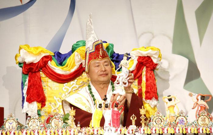 圖為師尊介紹白衣天女p1074-04-01