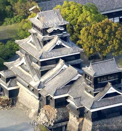 兩千五百年古蹟「阿蘇神社」破損嚴重p1105-a1-10