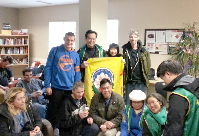 鄭文宇市議員與華光功德會義工拜訪「救世軍港燈庇護所」p1143-a1-05