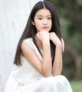 童星出身的柴蔚,在《步步驚心》飾演「承歡格格」嶄露頭角,因外型酷似林青霞,被稱為「小林青霞」,近日她在微博透露爸爸因癌症過世了,言語間充滿悲傷,令粉絲相當心疼。p1146-a5-04