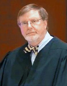 美國西雅圖聯邦法院法官羅巴特 裁決暫停執行總統川普發布的旅遊禁令p1147-a1-12