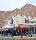 85度C正式插旗西雅圖,在Westfield Southcenter Mall購物中心內開門市。85度C西雅圖門市,昨(24)日正式開幕即擠滿人潮。p1150-a4-05Web only
