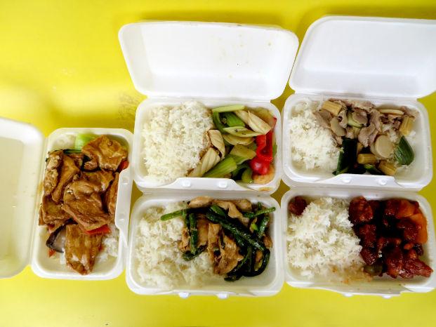 圖為珠城大酒樓贊助新鮮盒飯p1152-14-05