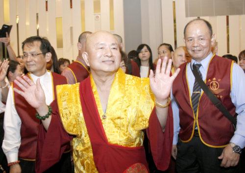 圖為蓮生法王盧勝彥蒞臨感恩宴 p1161-07-01