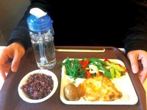 宋晏仁醫師建議外食族三餐都要符合「211減重餐盤」的均衡原則 p1161-a5-03a