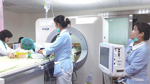 海扶刀新療法是一種使用超音波照在子宮肌瘤上的熱熔法。 p1161-a6-01