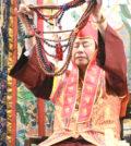 2017年7月2日下午,美國西雅圖彩虹雷藏寺恭請蓮生法王盧勝彥主壇「愛染明王護摩大法會」,貴賓雲集。圖為師尊轉珠明。