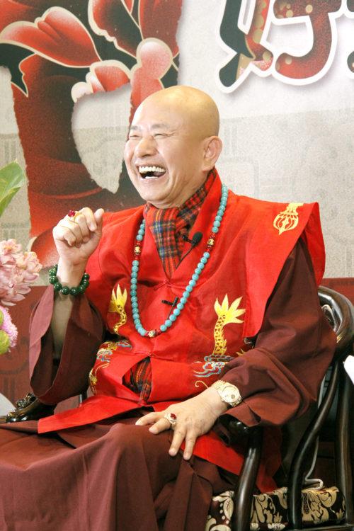 當代法王蓮生活佛盧勝彥