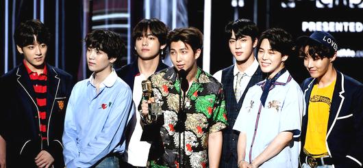 韓國防彈少年團二度奪得「最佳社群明星獎」