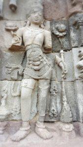 印尼古佛塔外的雕像