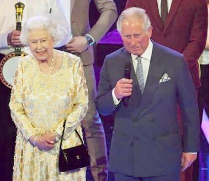 英國女王與查爾斯王子